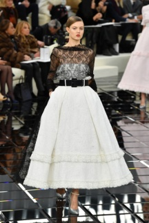 PARIS, FRANCE - JANUARY 24: Lindsey Wixson walks the runway during the Chanel Spring Summer 2017 show as part of Paris Fashion Week on January 24, 2017 in Paris, France. (Photo by Pascal Le Segretain/Getty Images)